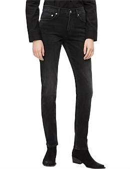 Calvin Klein Mid Rise Slim Jean
