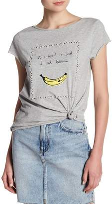 Romeo & Juliet Couture Faux Pearl Embellished Graphic Print Tee