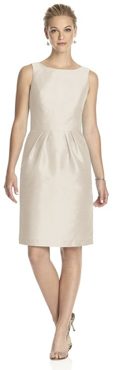 Alfred Sung - D522 Bridesmaid Dress in Champagne