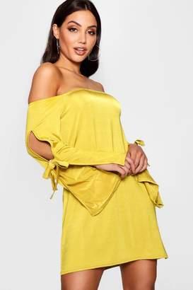 boohoo Off Shoulder Sleeve Detail Swing Dress