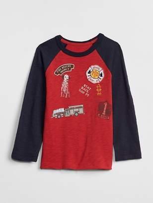 Gap Graphic Raglan T-Shirt