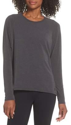 New Balance Release Open Back Long Sleeve Sweatshirt