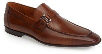 Men's Magnanni 'Lino' Loafer $325 thestylecure.com