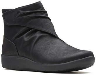 Clarks Womens Sillian Tana Bootie Flat Heel