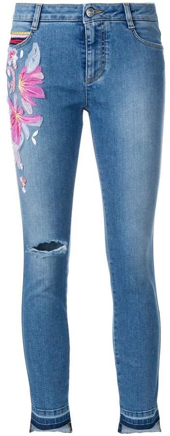 Cropped-Jeans mit Blumenapplikation