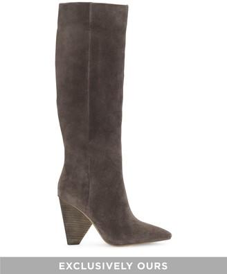 Modesie Cone-heel Boot