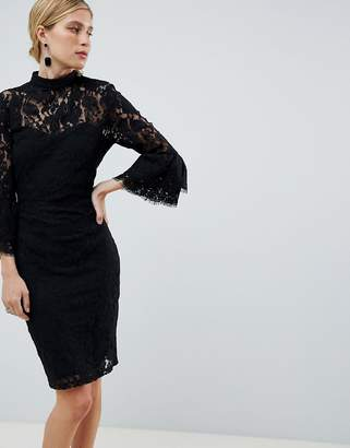 Paper Dolls lace flute sleeve dress