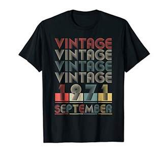 Vintage 1971 Funny Old School 47th Retro Gift T-shirt
