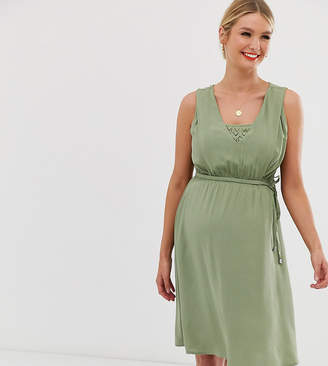 Mama Licious Mama.Licious Mamalicious nursing dress with lace layer
