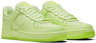 Nike Force 1 '07 Essential Sneaker