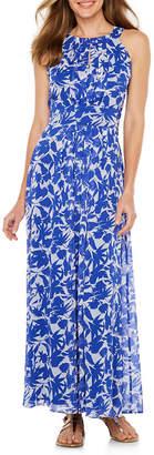 Ronni Nicole Sleeveless Leaf Maxi Dress