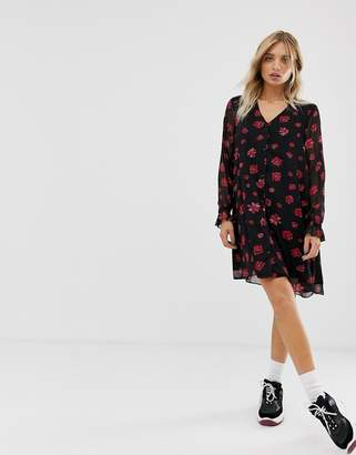 Minimum Moves By floral swing dress