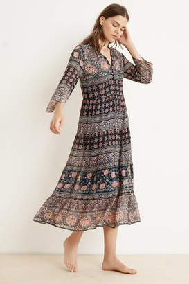 Velvet by Graham & Spencer ZENDAYA MONACO PRINT LONG SLEEVE DRESS