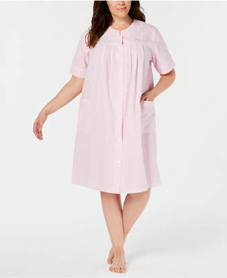 e3f7735baf1318 Miss Elaine Plus Size Seersucker Short Gripper Robe