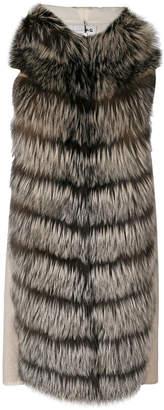 Manzoni 24 sleeveless hooded coat