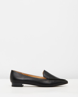 Atmos & Here ICONIC EXCLUSIVE - Casey Leather Flats
