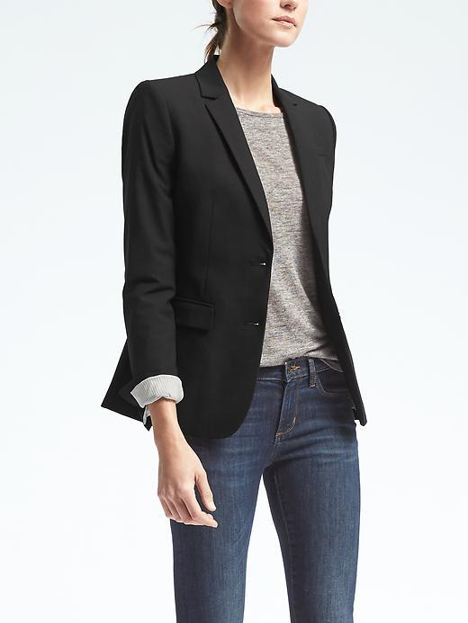 Lightweight Wool Long-and-Lean Fit Blazer