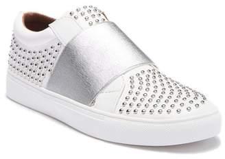 Report Acer Slip-On Sneaker