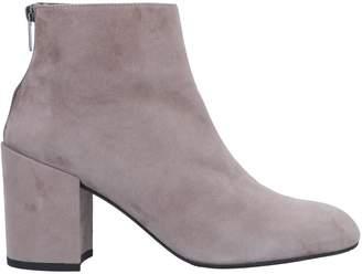 Stuart Weitzman Ankle boots - Item 11278272SM
