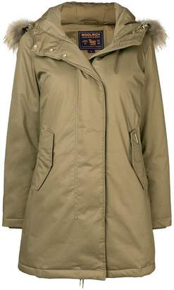 Woolrich zipped up mid-length parka