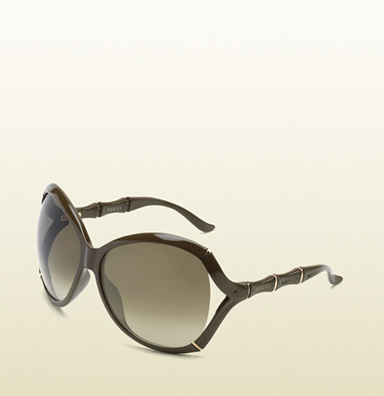 Gucci Oversized Oval Frame Sunglasses With Bamboo Effect With Logo On Temples.