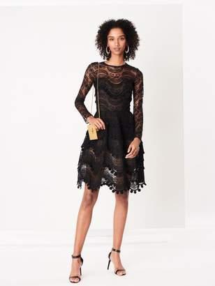 Oscar de la Renta Wave Chantilly Lace Cocktail Dress