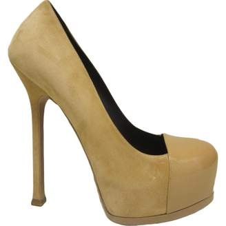 Saint Laurent Trib Too Beige Suede Heels