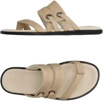 Vicini Toe strap sandals