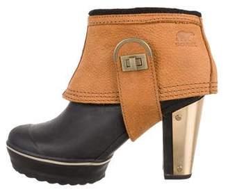 Sorel Round-Toe Platform Boots