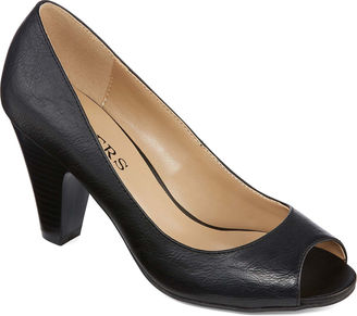 BAKERS Bakers Stormy Pumps $60 thestylecure.com