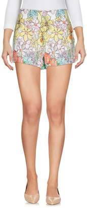 Moschino Shorts - Item 13154227BL