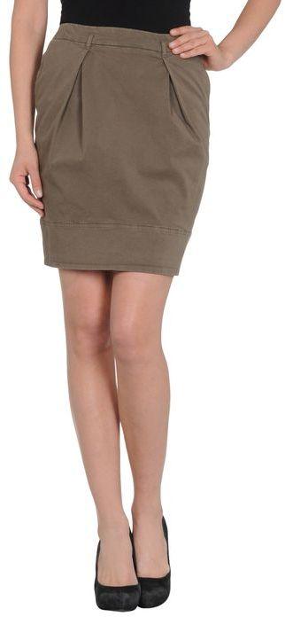 Cappellini BY PESERICO Knee length skirt