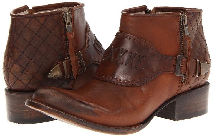Freebird Grand (Brown) - Footwear