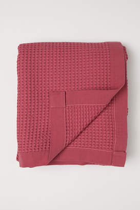 H&M Waffled cotton bedspread
