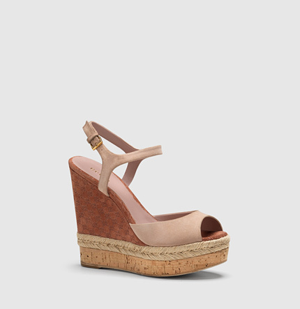 Gucci Hollie Light Pink Suede Open Toe Wedge