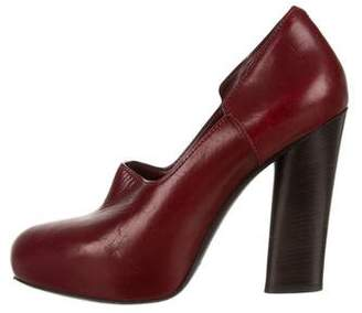 Marc by Marc Jacobs Leather Round-Toe Pumps
