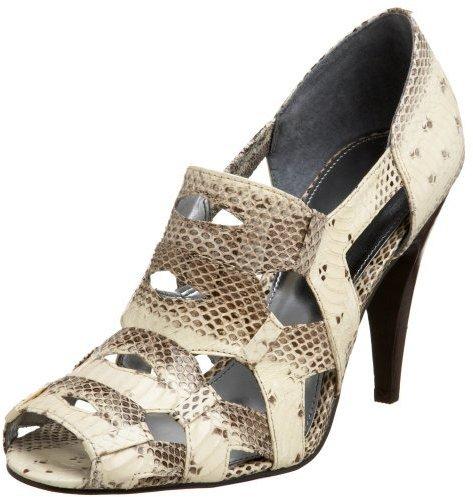 Calvin Klein Women's Ruthey Shoe Bootie