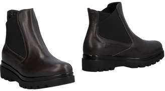 DONNA SOFT Ankle boots - Item 11486827TQ