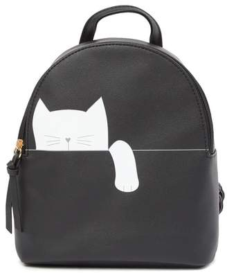T-Shirt & Jeans Hanging Cat Backpack
