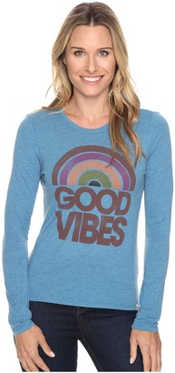 Life is good Good Vibes Sun Long Sleeve Sweet Tee $42 thestylecure.com