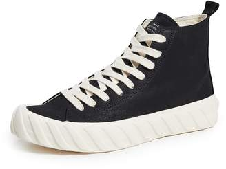 Age Top Sneakers