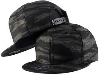 at Amazon Canada · TESOON Camo TESOON Mens Decent Camo Flat Brim Black Hats  Snapback Trucker Baseball Caps 489c0e3339bf