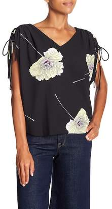 1 STATE 1.State Cinched Sleeve V-Neck Blouse