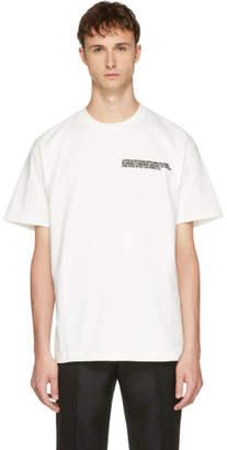 Calvin Klein (カルバン クライン) - Calvin Klein 205W39NYC オフホワイト ロゴ テキスト T シャツ