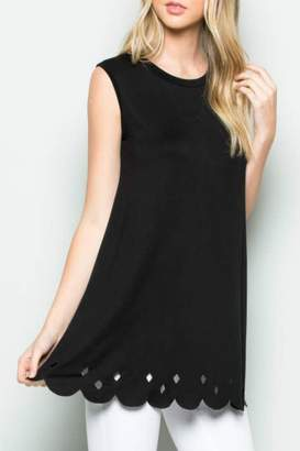 Acting Pro Scalloped Hem Tunic