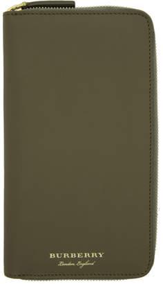 Burberry Green Renfrew Wallet