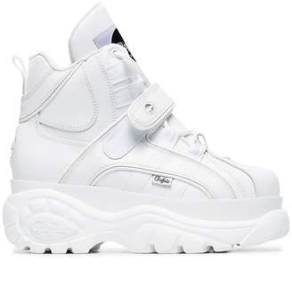 4175d4de3327 Buffalo David Bitton White 1348 platform Sneaker Boots