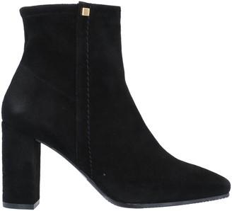 Stuart Weitzman Ankle boots - Item 11695328KW