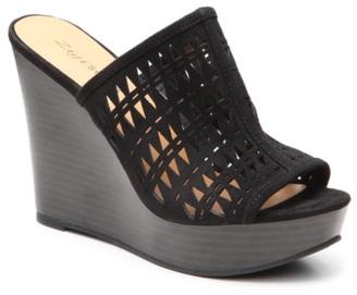 Zigi Soho Leiah Wedge Sandal $80 thestylecure.com