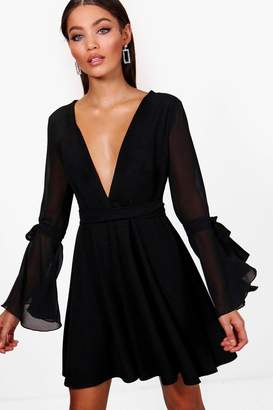 boohoo Chiffon Flared Sleeve Skater Dress